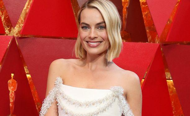 Margot Robbie, Gal Gadot, Mark Hamill ja lukuisat muut näyttelijät lähtivät Jimmy Kimmelin ehdotuksesta ilahduttamaan elokuvia katsovia tavallisia ihmisiä.
