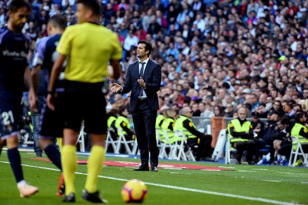 Santiago Solari operoi Real Madridin peräsimessä jatkuvassa epävarmuudessa.
