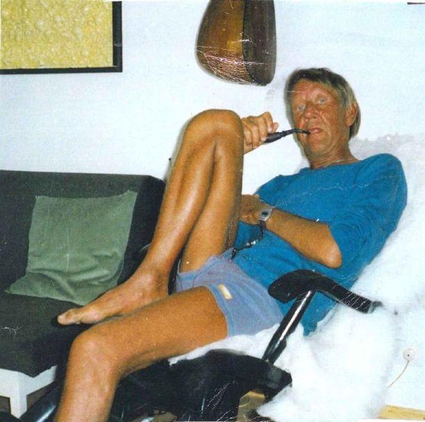 Jos Vesa Frantsila on elossa, hän on 73-vuotias.