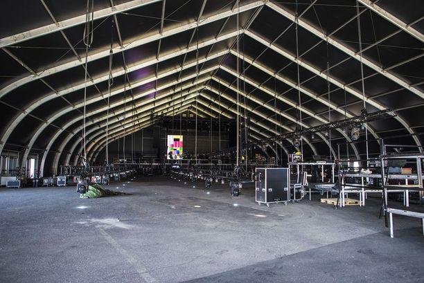 Usein liian täyteen pakkautuva Zalando Black Tent on tänä vuonna suurempi ja sen kapasiteetti kasvaa tuhansilla.