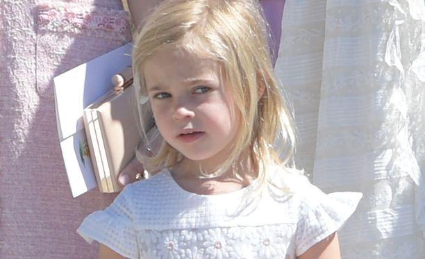 Prinsessa Leonore on neljävuotias.