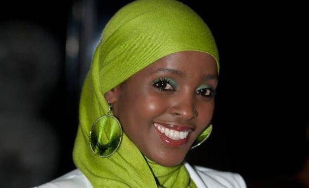 Naisten ympärileikkausta vastustava somalialainen Ifrah Ahmed vetoaa uskonnollisiin johtajiin, jotta käytäntö saataisiin loppumaan.