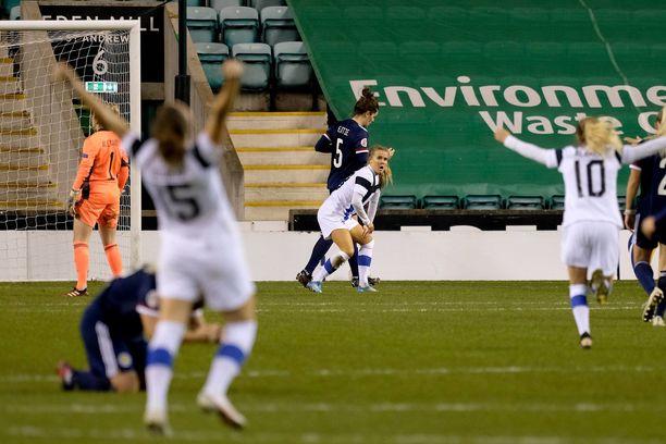 Suomi voitti Skotlannin Edinburghissa pelatussa ottelussa. Voittomaali syntyi unohtumattomalla tavalla lisäajalla.