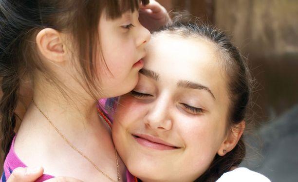 Downin syndrooma johtuu kromosomin kehityshäiriöstä.