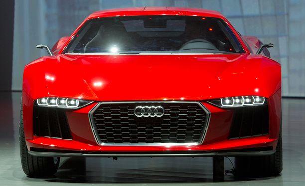 Muun muassa Audi on keskeyttänyt autojen myynnin Venäjällä toistaiseksi. Kuvassa on Audi Quattro Sport Frankfurtissa 2013