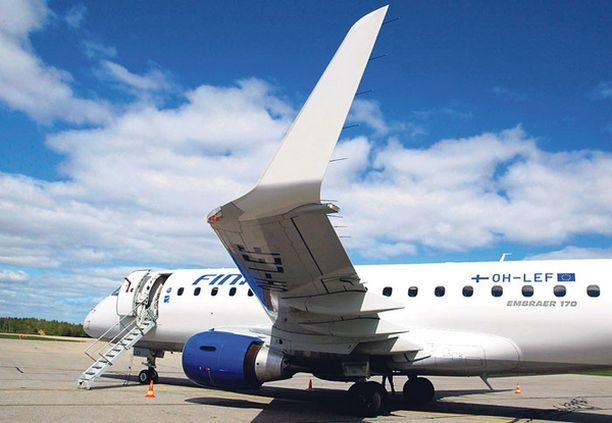 PELASTAVA KOKO. Embraer 170 on Finnairin laivaston pienin matkustajalentokone.