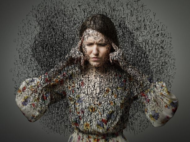 Alitajuiset johtopäätökset itsestä, muista ihmisistä ja elämästä yleensä voivat sabotoida elämäämme ja estää pääsemästä eteenpäin.