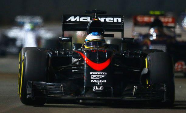 McLaren poltti työntekijöidensä joululomat.