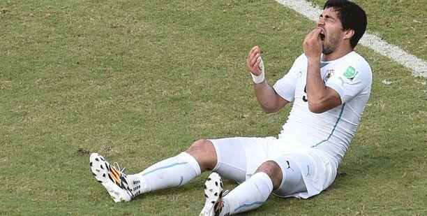 Näin Luis Suárez reagoi tekoonsa.