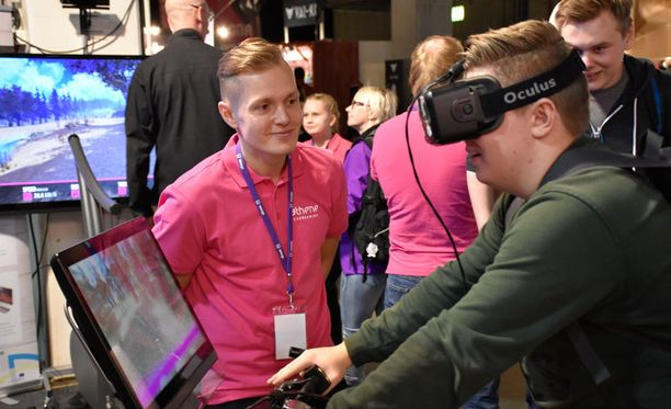 Athene Exergaming -yritys esitteli virtuaalimaastopyöräilyä liikuntamuotona Digiexpo-messuilla.