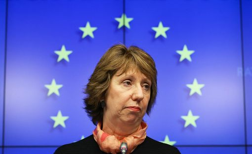 Ashton keskusteli Paetin kanssa puhelimessa 26. helmikuuta.