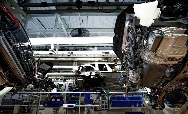 Sakkojen lisäksi autojätti maksaa Yhdysvalloissa yhteensä 17,5 miljardin dollarin vahingonkorvaukset.