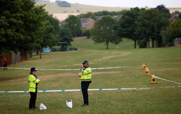 Myrkylle altistumisen takia joitain alueita Amesburyssa eristettiin varotoimeenpiteenä.