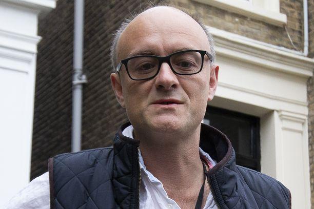 Kun Britannia on eroamassa Euroopan unionista, vastavalittu pääministeri luottaa Dominic Cummingsiin.