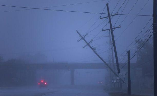 Florence-hurrikaani on jo iskenyt Wilmingtonin kaupunkiin Pohjois-Carolinan rannikolla.