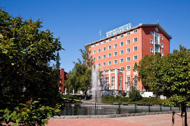 Grand Hotel Tammer viettää tänä vuonna 90-vuotisjuhliaan. Historiallisesta rakennuksesta on pidetty hyvää huolta: alkuperäinen ilme on yhä tallella.
