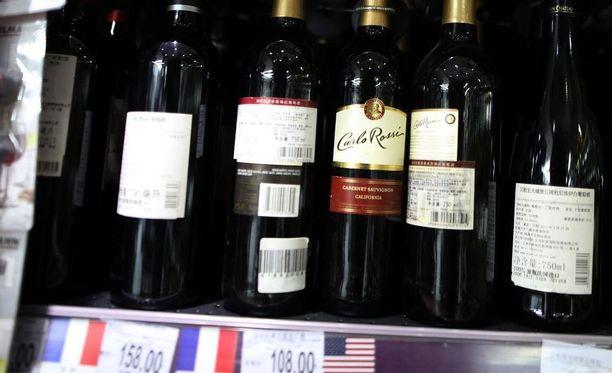 Kiina on ilmoittanut asettavansa tuontitullit esimerkiksi yhdysvaltalaiselle viinille.