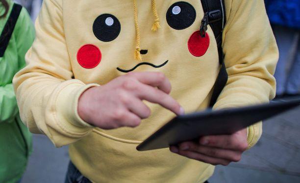 Kyberrikolliset ovat tarttuneet Pokémon-buumiin. Kuvituskuva.