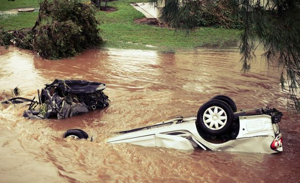 Tulvavedet vyöryivät nopeasti läpi Toowoomban kaupungin.