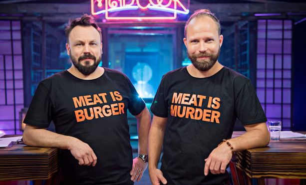 Mad Cook Show'ta vetävät tuttuun tapaan Riku Rantala ja Tunna Milonoff.