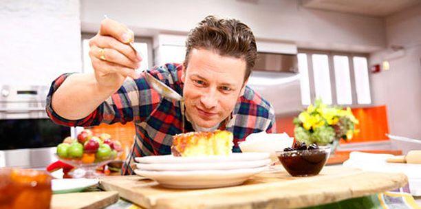 Julkkiskokki Jamie Oliver teki prinsessalle oman nimikkokakkunsa.