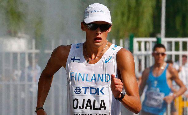 Aleksi Ojala romahti kesken 50 kilometrin kävelyn.