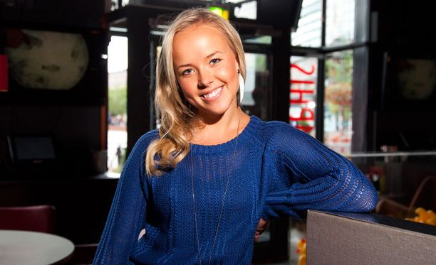 Sara Parikka on aiemmin tunnettu luonnollisen vaaleista hiuksistaan.