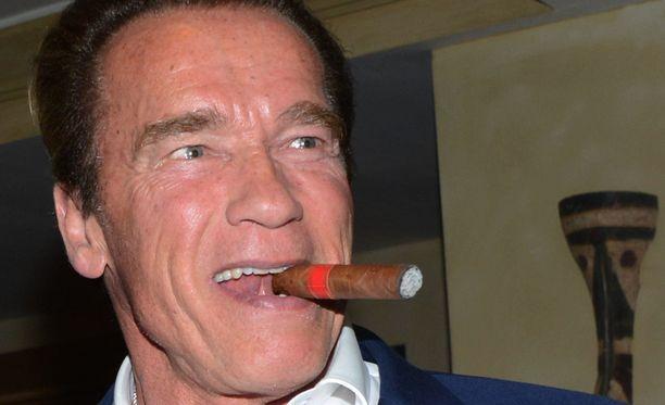 Arnold Schwarzenegger on parhaillaan Etelä-Afrikassa promoamassa nimeään kantavaa kehonrakennustapahtumaa.