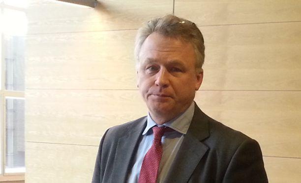 Rikosylikomisario Rabbe von Hertzen toivoo ihmisten muistavan, että dokumentissa on kyse rikollisryhmästä.
