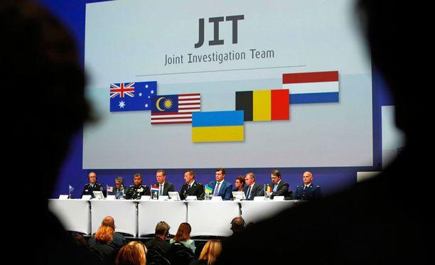 JIT-tutkimusryhmään kuuluu tutkijoita Hollannista, Belgiasta, Ukrainasta, Australiasta ja Malesiasta.