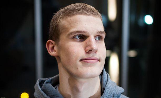 Lauri Markkanen on Suomen nuorten koripallomaajoukkueen johtohahmo.