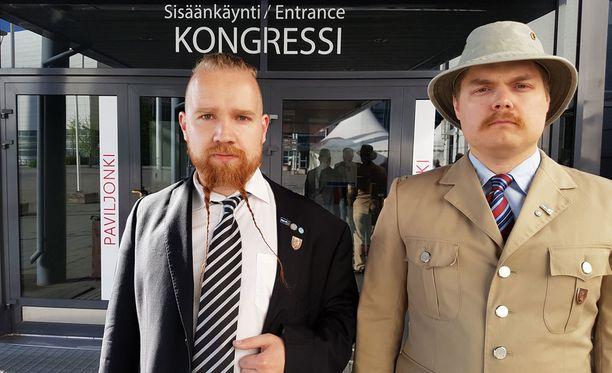 """Nämä herrat äänestävät Halla-ahoa, sillä """"puolue kaipaa uudistusta""""."""