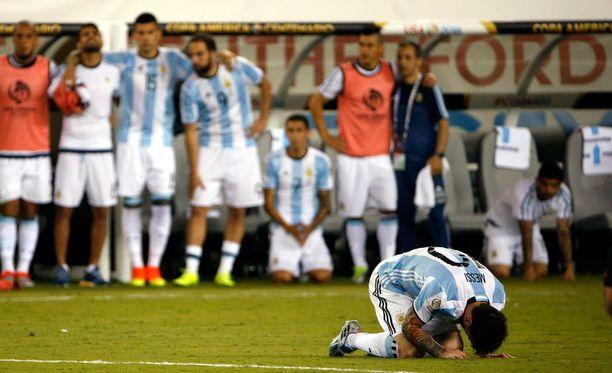 Lionel Messi suuttui tästä tappiosta niin, että lopetti maajoukkueuransa.