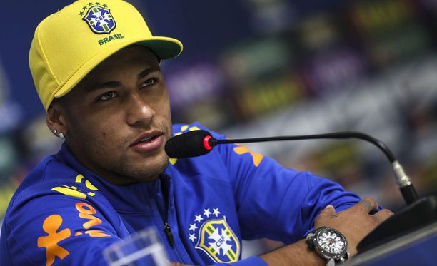 Neymar rauhoitteli brassimediaa.