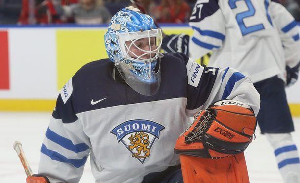Ukko-Pekka Luukkosta työnnettiin Kanadan avausmaalissa.