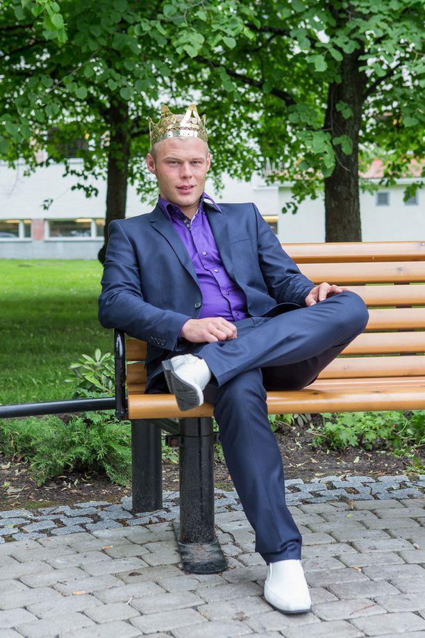 Samuli nappasi eilen itselleen tangokuninkaan kirkkaimman kruunun Seinäjoen Tangomarkkinoilla.