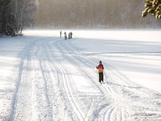Koko maahan on luvassa talvista säätä. Kuvituskuva.