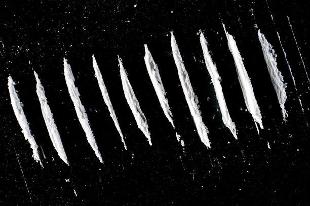 Kokaiini on kallis huume, joka maksaa Suomessa hieman yli 100 euroa grammalta.