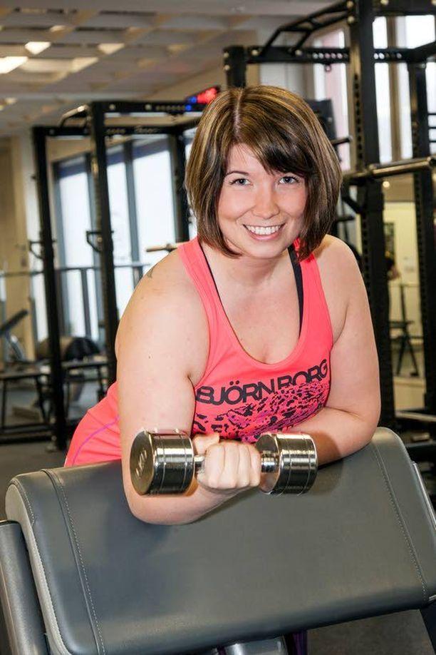 Kotimaahan palannut Sanna Latvala viihtyy nyt kropassaan ja treenaa ahkerasti salilla.
