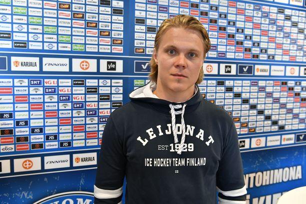 Mikael Granlundista tuli isä.