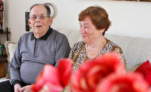 Kotona paras Harry ja Mirjami Henriksson haluavat asua kotona Porin Reposaaressa, vaikka voimat vähenevät.
