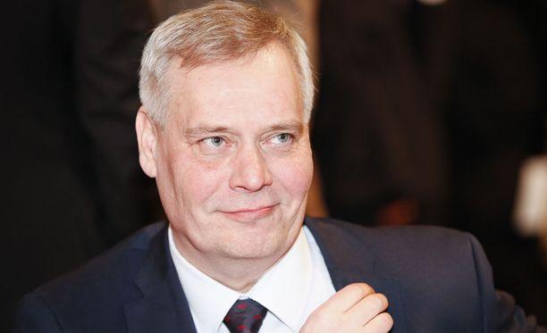 SDP:n puheenjohtaja Antti Rinne sanoo STT:n kuntavaalihaastattelussa uskovansa, että työpaikkoja voi synnyttää myös kasvukeskusten ulkopuolelle.
