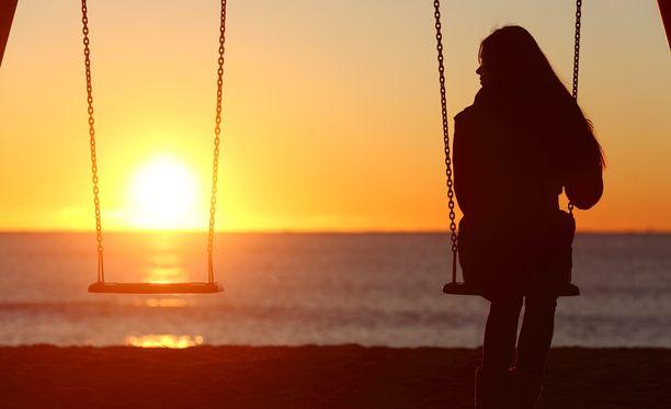 Myös yksinäisyyden tunne oli yhteydessä kuolemanriskiin, mutta ei yhtä voimakkaasti kuin eristyneisyys.