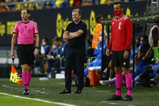 Ronald Koemanilla on hikiset paikat Barcelona peräsimessä.