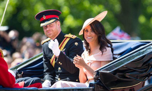 Prinssi Harry ja herttuatar Meghan avioituivat neljä viikkoa sitten.