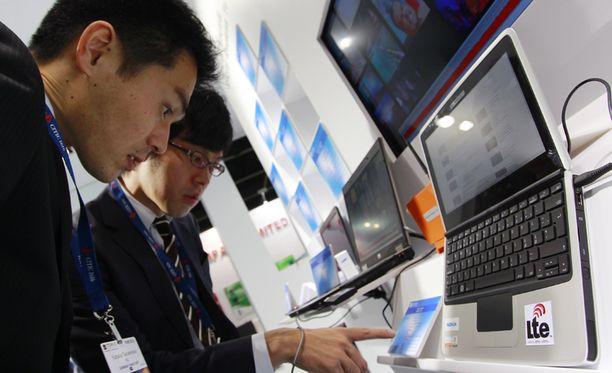 Uusia kiinalaisia 4G-läppäreitä oli näytillä Hong Kongissa toissa viikolla.