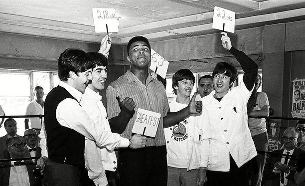 Beatles vieraili nyrkkeilysalilla vuonna 1964.