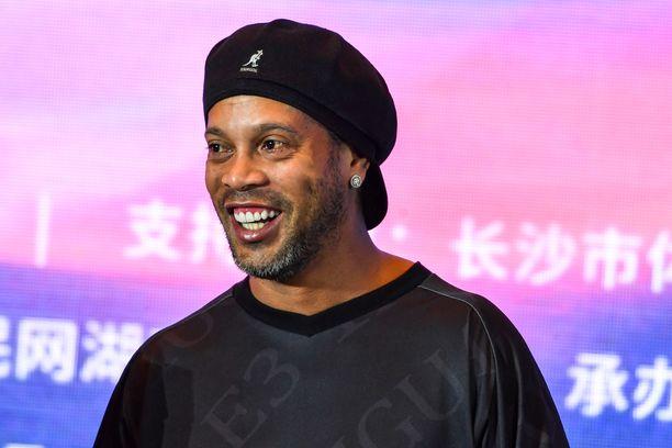 Ronaldinho muistetaan jalkapallokenttien hymyilevänä taiturina.
