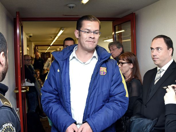 Ilja Janitskin kuvattuna viime vuoden lokakuussa Andorran oikeudessa, joka kertaalleen jo päätti olla luovuttamatta Janitskinia Suomeen. Paikallinen syyttäjä kuitenkin valitti päätöksestä ja Janitskin lennätettiin Suomeen huhtikuussa.