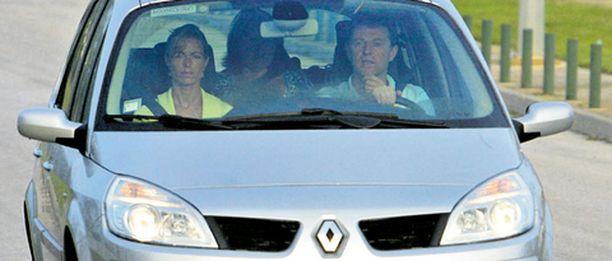 Poliisin mielestä McCannien elokuisesta automatkasta Espanjaan.